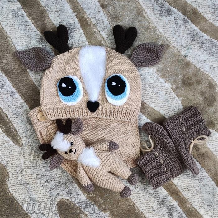Вязаный комплект одежды для фотосессии новорожденного