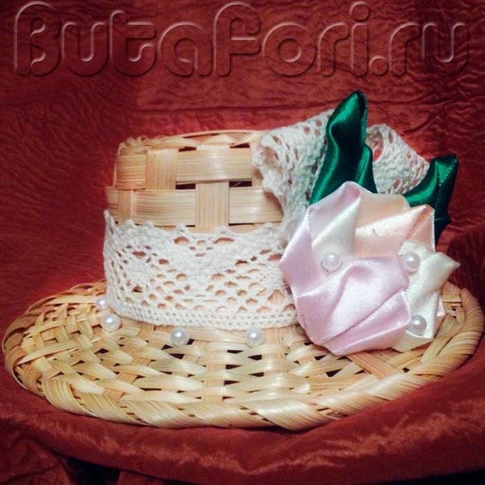 соломенная мини шляпка