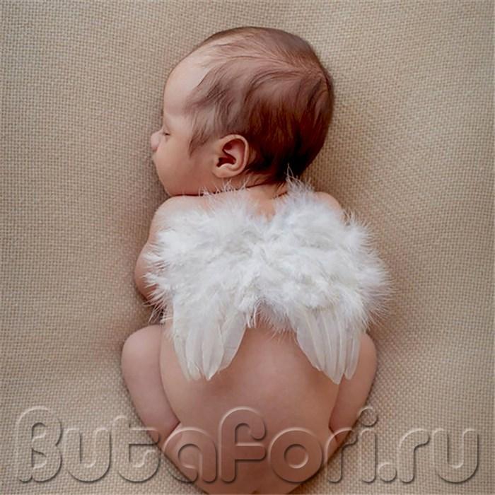 Крылышки из перьев для малыша