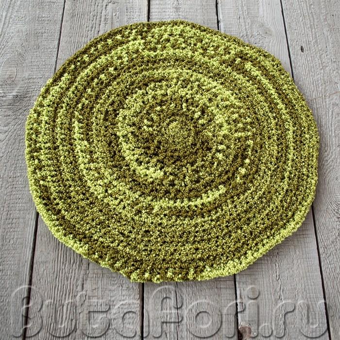 Вязаный коврик Лесная поляна