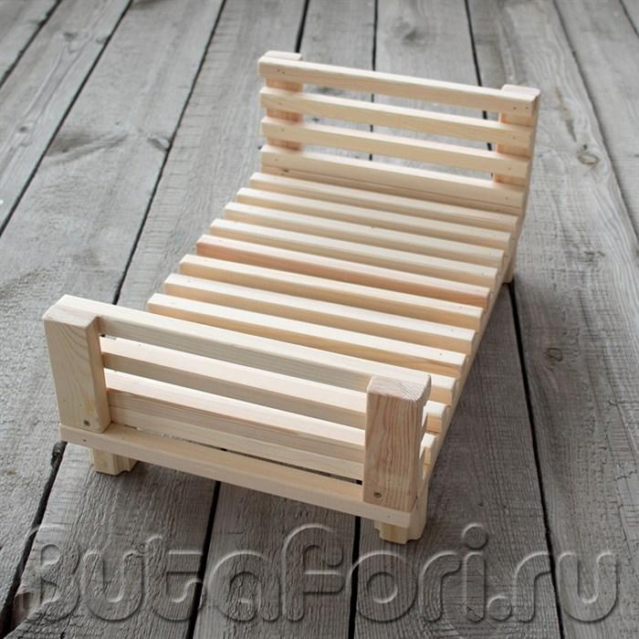 Леревянная кроватка для фотосессии новорожденных
