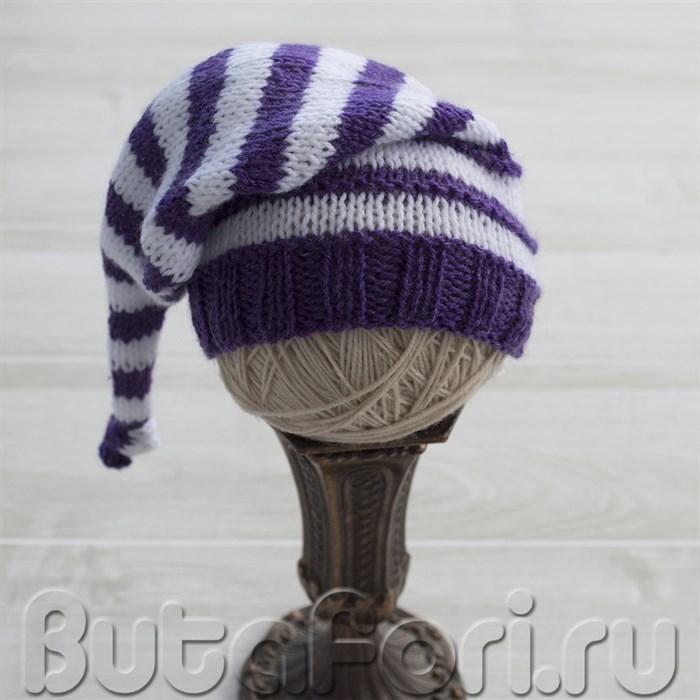 Шапочка колпачок белого и фиолетового цвета