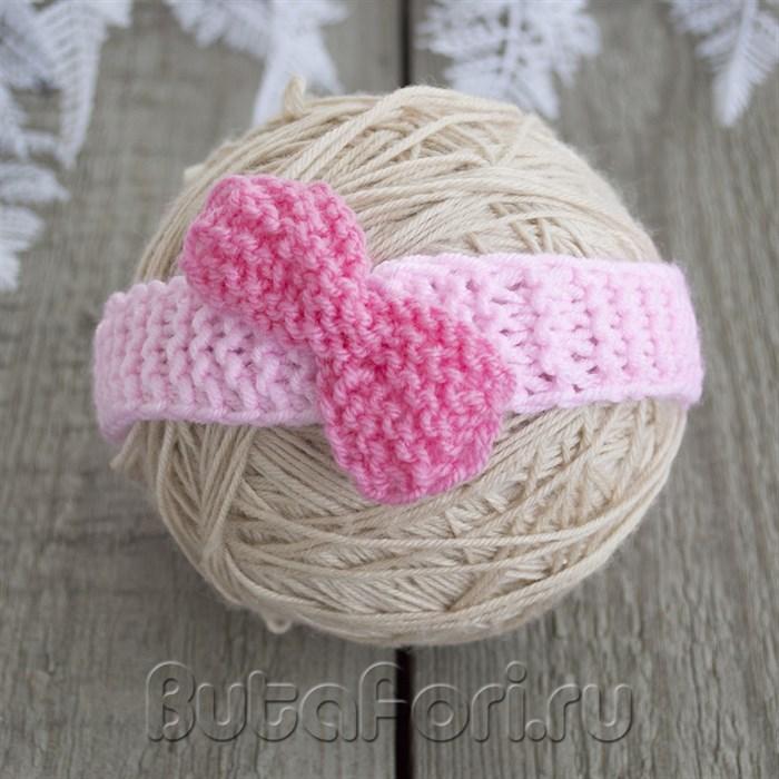 Вязаный розовый бантик