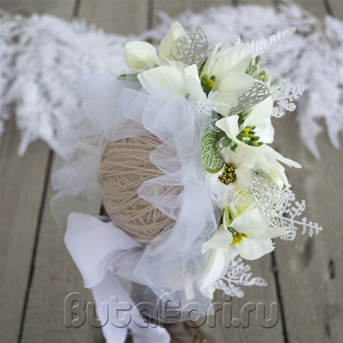 Цветочная шапочка - Белая Пуансеттия