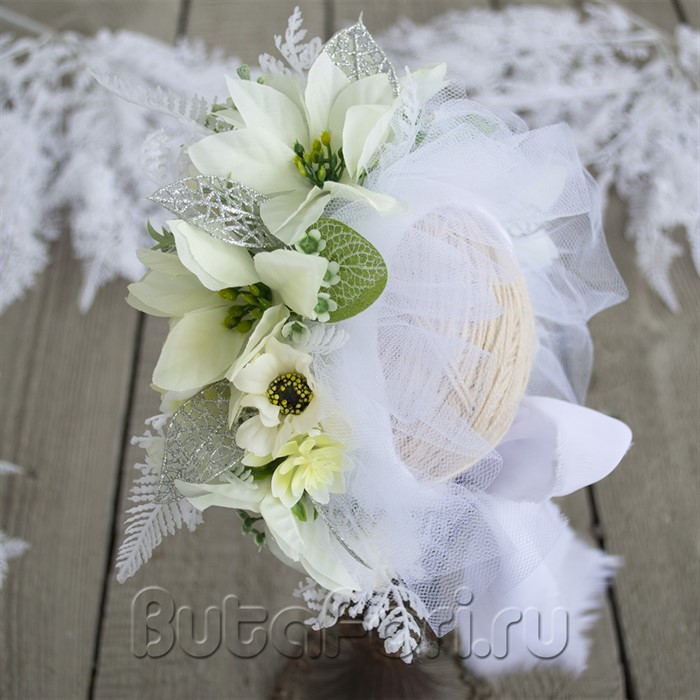 Снежная цветочная шапочка для младенцев