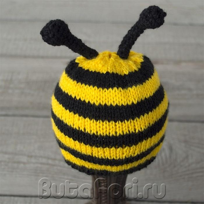 Вязаная шапочка Пчелка