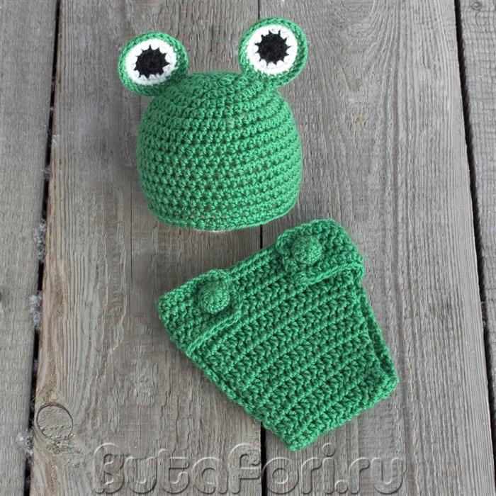 Вязаный костюмчик зеленого лягушонка для новорожденного