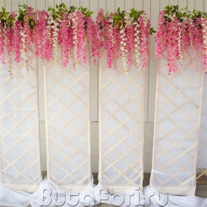 Украшение витрин цветами
