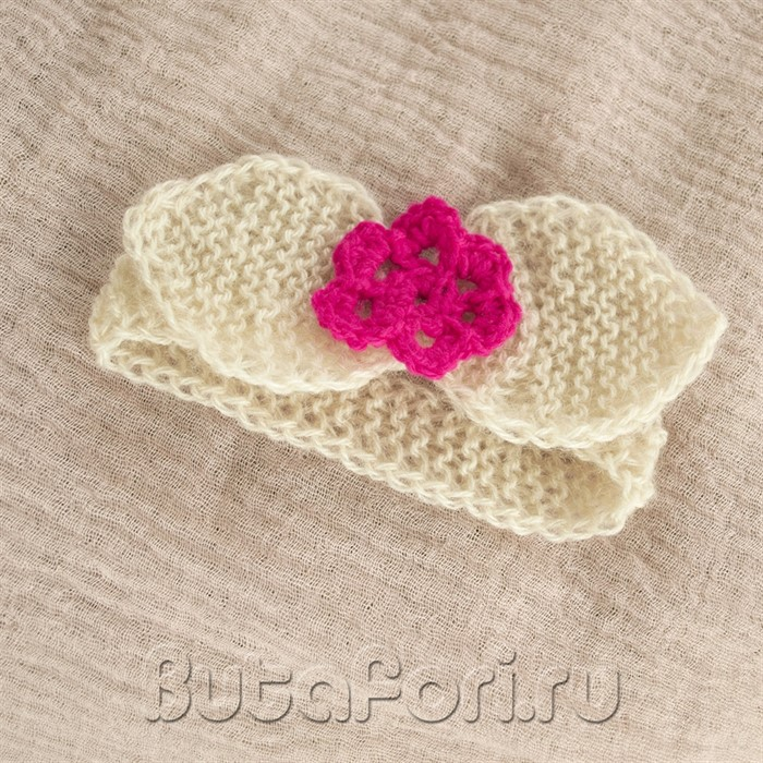 Кремовая повязочка с цветочком