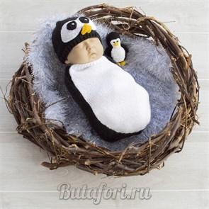 Вязаная одежда для фотосессии - костюмчик Пингвиненка