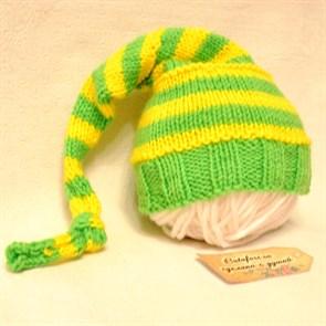 Вязаный колпачок на голову новорожденному