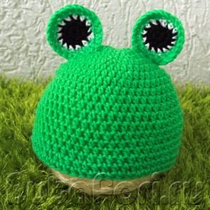 Вязаная шапочка для новорожденного Лягушонок