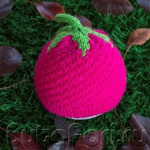 Вязаная шапочка Малина для newborn съемки