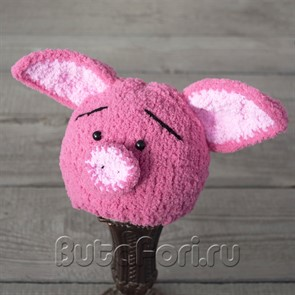 Вязаная шапочка розовый пятачок