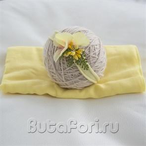 Желтая обмотка и повязочка для новорожденной