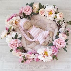 Бело-розовый вязаный костюмчик