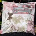 Подушка с ретро автомобилем